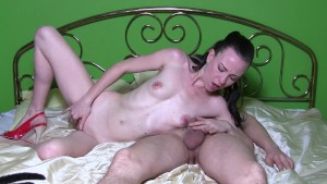 Sylvia Chrystall Gorgeous Skinny Milf. Homemade Blowjob & Fucking Tape.