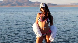 Mandy Flores Gorgeous behind the scenes modeling video