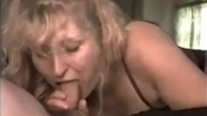 QueenMilf great BJ 1994 Part1