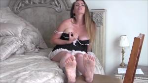 Pregnant MILF Nikki Makes You Her Foot Slave