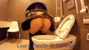 Step sister got2pee pissing in public toilet - Laura Fatalle
