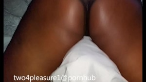 Tribbing and Grinding (bed and pillow) so horny