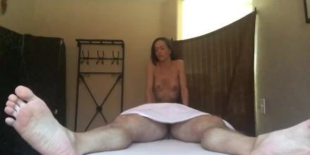 Slutty Masseuse Gives Happy Ending Massage Hidden Camera Free Porn Videos Youporn