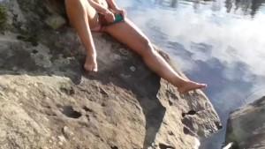 Public lake mastrubatin cought milf on cam