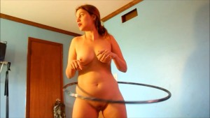 How momma keeps her hips loose- andrea sky