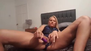 Fuckdoll lucy squirts in corset
