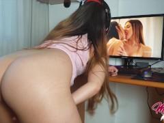 Watching my favorite Lesbian Orgy on Pornhub to have fun - 4K UHD