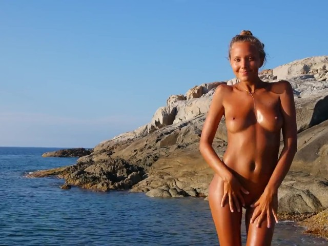 Katya Clover - Naked Beach Dancercorsica Summer 2014 -2939