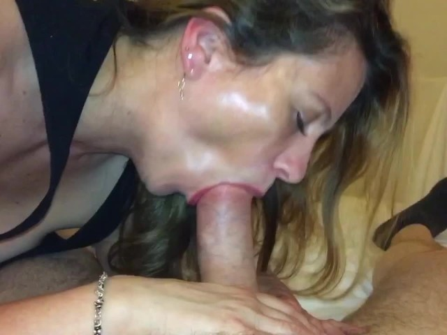 Hot cock sucking wife videos