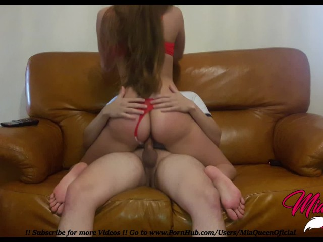 Small Teen Nymphomaniac Fuck His Stepbrother and Gets a Creampie !!