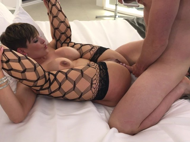 one porn escort biarritz