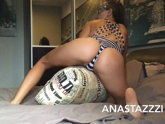 A Very Excited Teen Rubs Against a Pillow- Omg Is the Best Orgasm