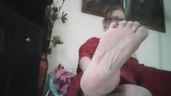 FEET AND NOTHING BUT MY SEXY FEET TO WORSHIP