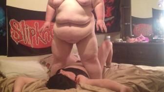 Big Bella squashing sissy hubby under 320 lbs body!