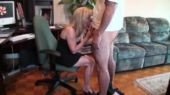 Mature Blonde Sucks & Swallows A Pornhub Subscriber