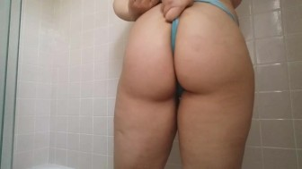 Pissing my panties then stuffing them in my pussy