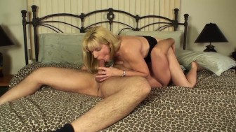 Sucking & Swallowing A Very Nice Cock
