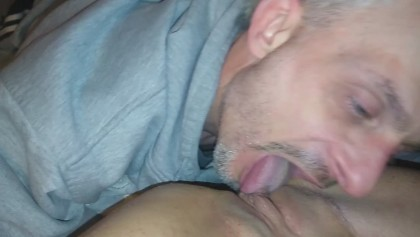 Guys eating pussy and fingering pussy Black Guy Eating Pussy Video Porno Di Black Guy Eating Pussy Youporn Com