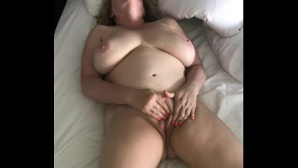 Horny Naked Wife Rubs Her Pussy To Orgasm Naughty Homemade