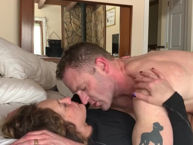Girl Orgasm While Fucking
