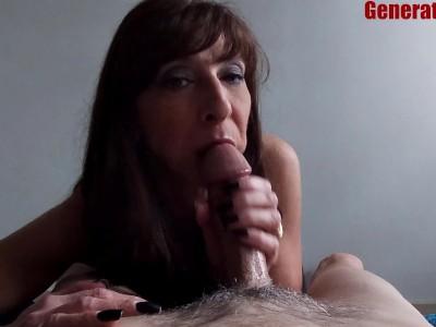 Milf Bj Big Cumshot She Swallowed Kept Sucking Bowling Alley Hook Up Jizz