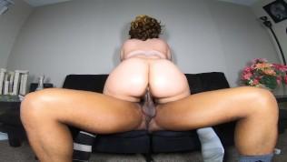 Bubble butt GF cheats on her boyfriend w/ BBC & gets cummed in!