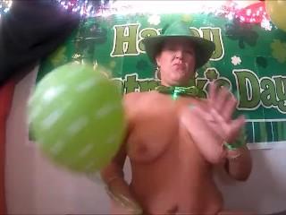 Popping Balloons, boobs Bouncing