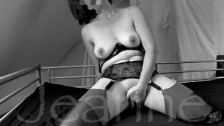 Une amatrice française baisée par la bouche qui adore se faire enculer…