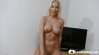 Hot Blonde Babe With Nice Boobs Rubs Her Pussy