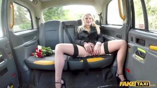 Fake Taxi Elizabeth Romanova...