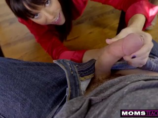 MomsTeachSex – Blowing Her Step Son Under The Table S10:E4
