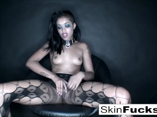 Skin Playis with her tight pussy