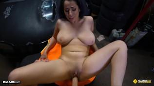 Roadside - Big Tits Nina Lopez Fucks The Mechanic