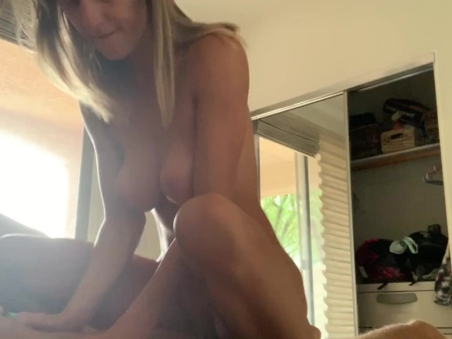Amateur Latina Riding Dick