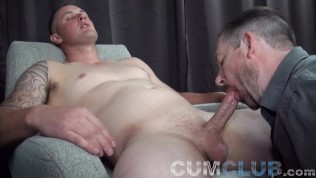 Gay Porn Tube XXX  Eating Every Drop of Sperm Swallowed from Stud w/Big Dick