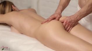 Intense Fuck After Sensual Massage – She Came Twice