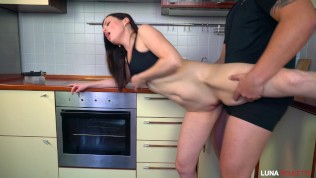 Fucked a neighbor in the kitchen and cum on face / Luna Roulette