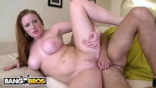 BANGBROS – Busty Kelsey Michaels Taking Cock Like A Champ (Loop)