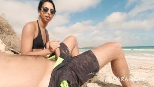 BLOWJOB ON A PUBLIC BEACH – EROTICA EN ROUTE (EPISODE 1)