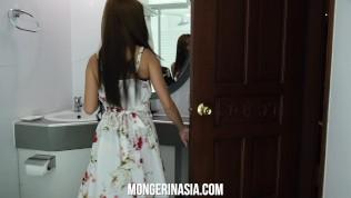 คลิปโป๊ คลิปหลุด XXX  skinny asian house cleaner gives it to boss for money