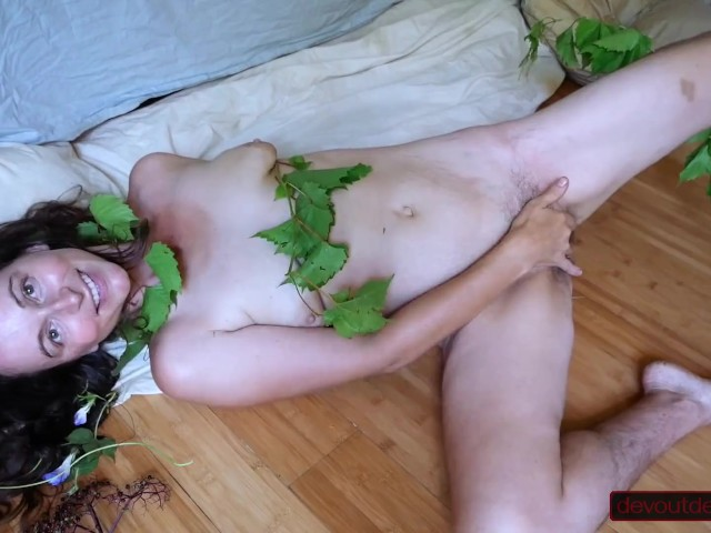 Solo Girls Squirting Hard