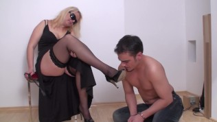 richie must worship her stocking feet