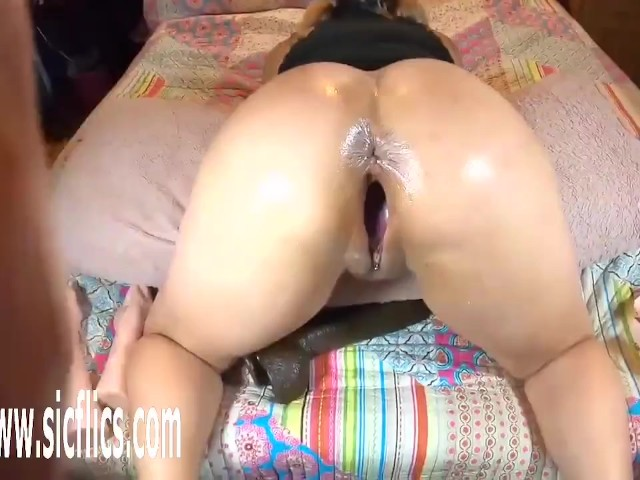 World biggest pussy in the Big Fuck