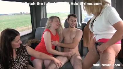 Hd reverse gang bang pussy licking Reverse Gangbang Porn Videos Youporn Com